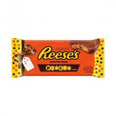 REESE'S PEANUT BUT.CUP & CANDY P24 G42